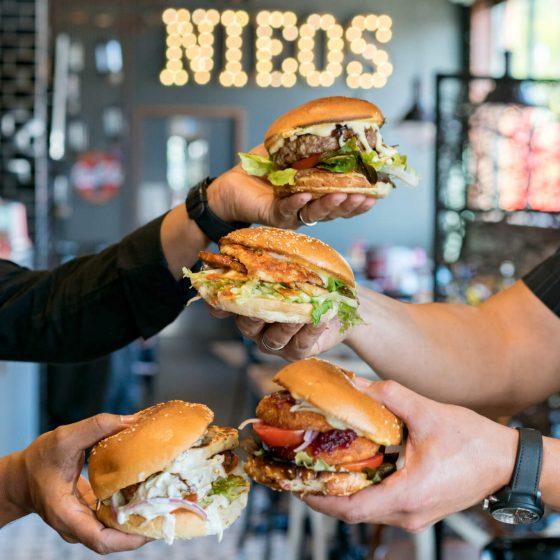 nieos-grille0082